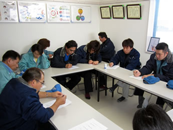 仙台営業所の勉強会の様子